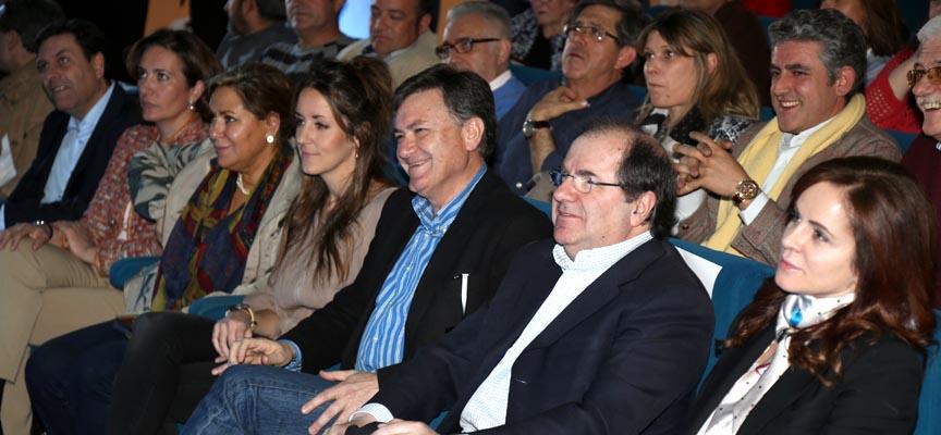 Herrera junto a Clemente y Vázquez durante el acto.