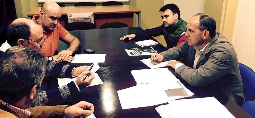 Encuentro entre Aceves y Fraile con representantes de UGT.