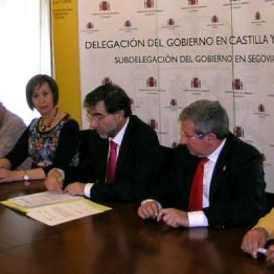 El Ayuntamiento de Sanchonuño suscribe un convenio para colaborar con Tráfico