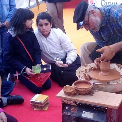 Un taller de cupcakes y galletas cerrará las actividades de la Diputación en la Feria de Cuéllar