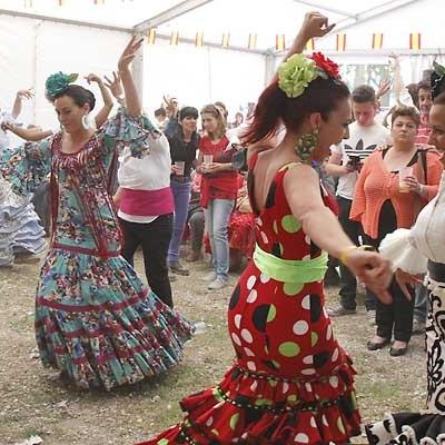Ambiente flamenco en la Feria de Mayo cuellarana