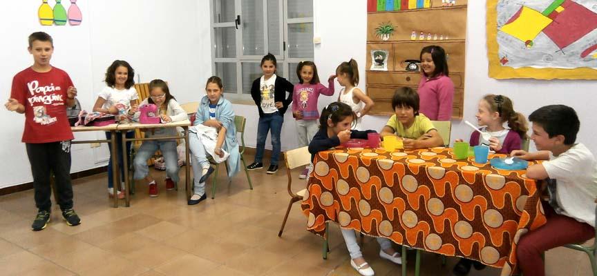 Alumnos del Aula de Mudrián durante uno de sus últimos ensayos.