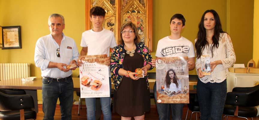 La concejala de Cultura junto a los Jóvenes Talentos y Jesús Gómez de Pastelería Delicias.