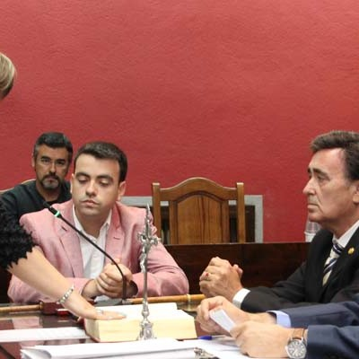 "El alcalde de Cuéllar considera ""desacertadas"" las declaraciones del portavoz socialista sobre la concejala de Cultura"