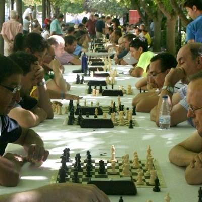 """Noventa y cuatro jugadores se dieron cita en el III Torneo de ajedrez """"Villa de Cuéllar"""""""