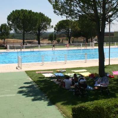 El PSOE reclama la apertura de la piscina de verano
