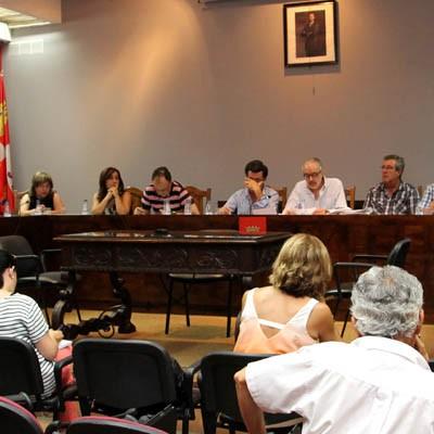 El Ayuntamiento estudia el pago al personal municipal de un 25% de la paga extraordinaria de Navidad de 2012
