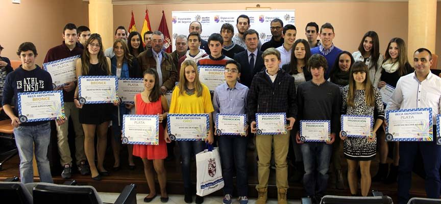 La Diputación de Segovia otorga ayudas a varios deportistas de la comarca