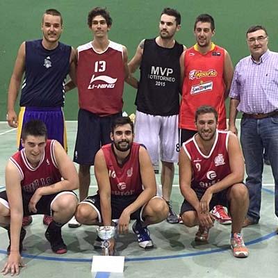 Viejóvenes y La Banda del Patio ganadores de los torneos de Baloncesto Cuéllar