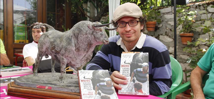 Bill Hillmann ha presentado su libro en Cuéllar.