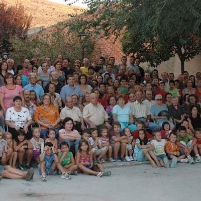 Teatro, deporte, cine, concursos y conciertos, actividades estivales de la Asociación La Tahona de Vallelado