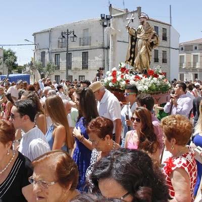 Danzas y vítores en honor a Santo Domingo de Guzmán en Campaspero