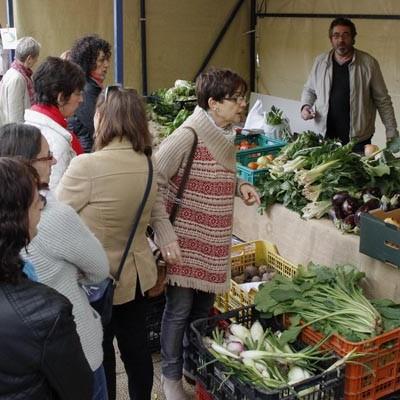 Los Paseos de San Francisco acogerán el domingo el VI Mercado Ecológico