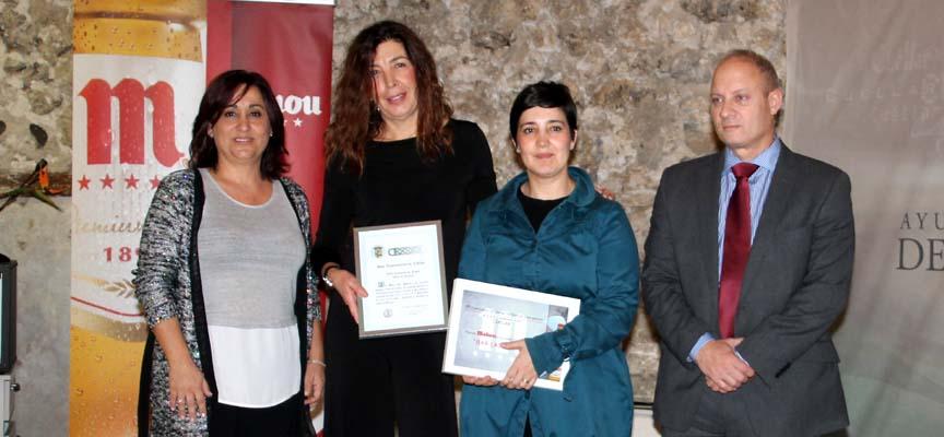 Ganadores tras la entrega de premios.
