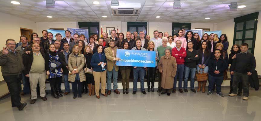 """El PP presenta la campaña """"Mi pueblo no se cierra"""" a alcaldes y concejales de la comarca"""