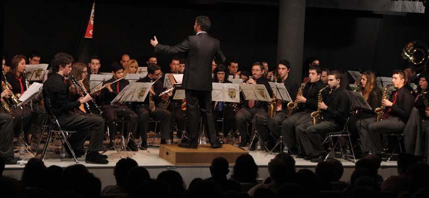 La Banda Municipal de Música y la Coral Cuellarana protagonizan hoy el concierto de Santa Cecilia