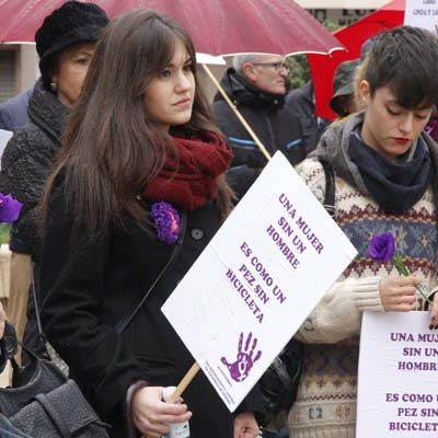 IU organiza actividades con motivo del `Día Internacional contra la Violencia de Género´
