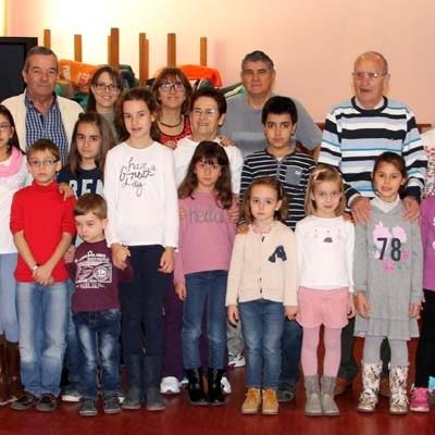 Niños y mayores disfrutaron en los Talleres Intergeneracionales del Centro de Día