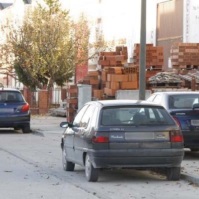 Detenidos en Sagunto tres hombres por el robo en Cuéllar de componentes de vehículos aparcados