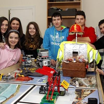 El Equipo Robomarqués ultima los detalles para participar el domingo en la fase regional de la First Lego League