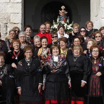 Las cuellaranas honraron a Santa Águeda con danzas