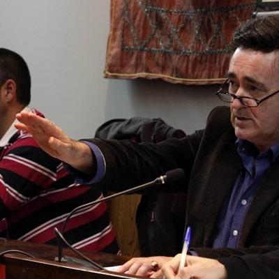 El Presidente de Villa y Tierra de Cuéllar acusa al alcalde de Navas de Oro de mentir y faltar al respeto a los procuradores