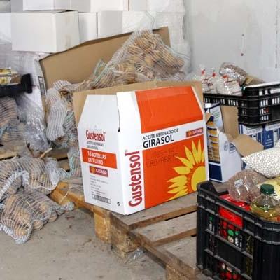 Ni el Ayuntamiento ni la Asociación Alhambra en Segovia tienen constancia de la recogida de alimentos y ropa promovida en Cuéllar