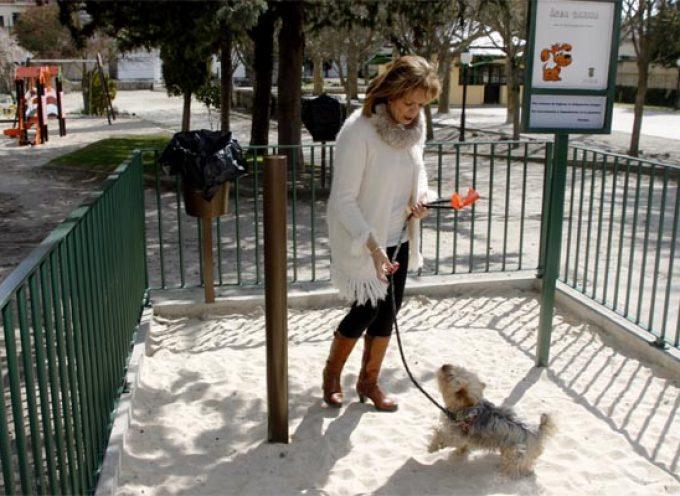 Medio Ambiente pone en marcha cuatro áreas caninas en el municipio