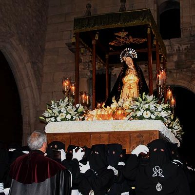 La cofradía de La Soledad celebra el domingo su 20º aniversario