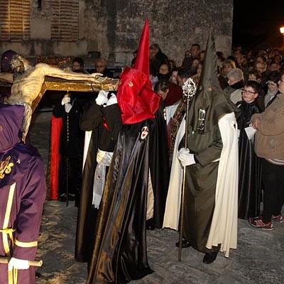 El Cristo del Calvario de La Cuesta protagonizó ayer el Vía Crucis