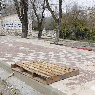 Medio Ambiente inicia el acondicionamiento de la zona de estancia de la Huerta del Duque