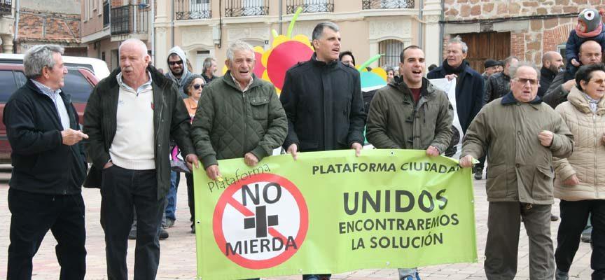 La Junta programa la retirada y gestión de los residuos de las tierras de labor de Fuentepelayo, Zarzuela del Pinar y Aguilafuente