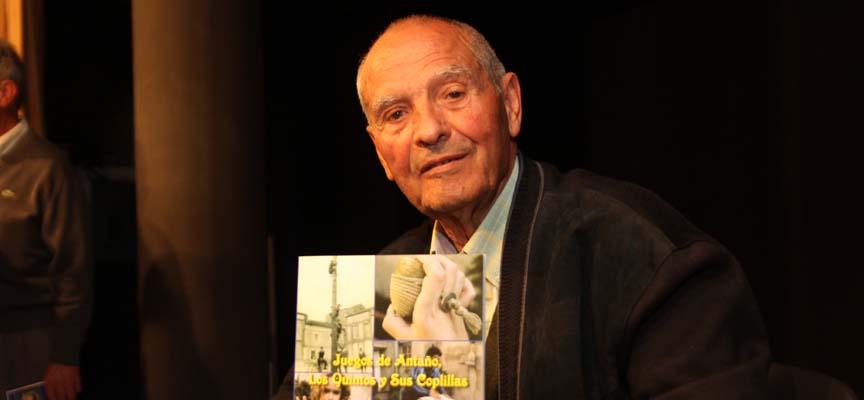 Isaías Rodrigo tras la presentación de su último libro.