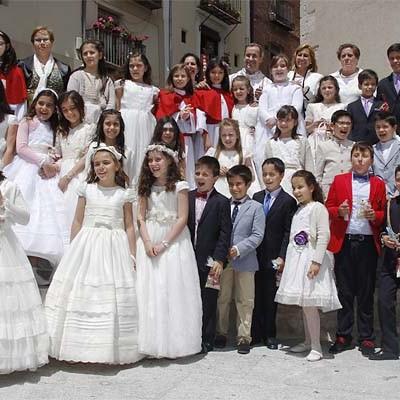 La lluvia deslució la celebración del Corpus Christi en Cuéllar