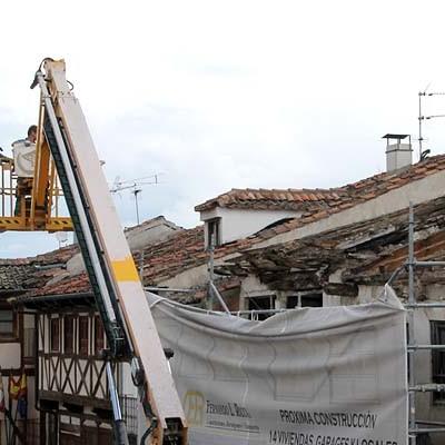 Comienza la consolidación y protección de un edificio de la plaza Mayor para evitar su derrumbe