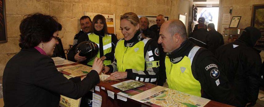 La concejalía de Industria premia con visitas al Castillo las compras del `Día de la Madre´ en el comercio cuellarano