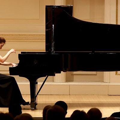 La pianista Phoenix Park-Kim y la Atlántida Symphony Orchestra ofrecerán un concierto de jóvenes talentos en el castillo de Cuéllar