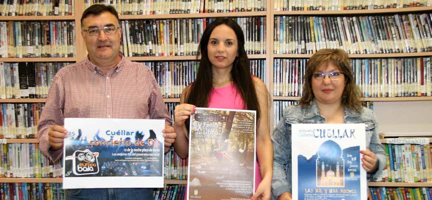 Los concejales de Cultura y Deportes junto a la autora de la imagen que ilustra el cartel del certamen.