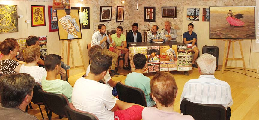 Un momento del acto de presentación de la Feria Taurina en el Museo del Trillo.