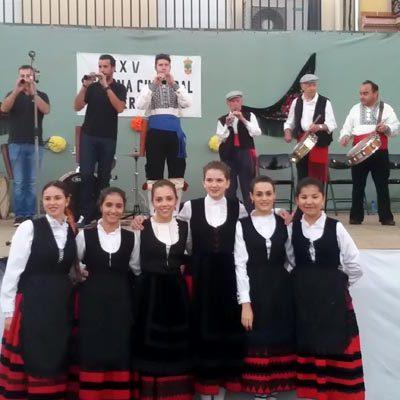 Música tradicional y paloteo en el III Festival de Folklore `Serafín Vaquerizo´ de Fuenterrebollo