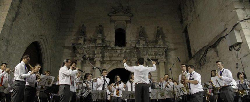 La Banda Municipal de Música protagonizará hoy el concierto del `A por ellos´