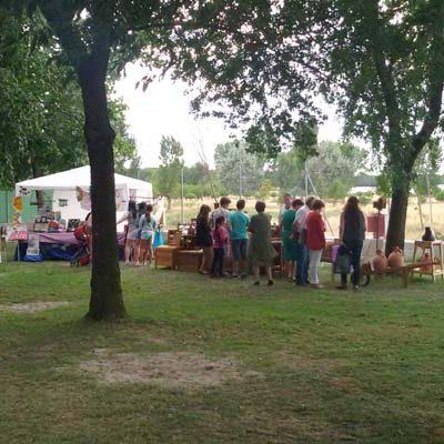Fuenterrebollo celebra una nueva edición de su Feria de Artesanía y Alimentación