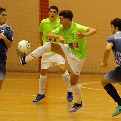 El FS Naturpellet se impuso 3-5 al Universidad de Valladolid subiendo a la tercera posición
