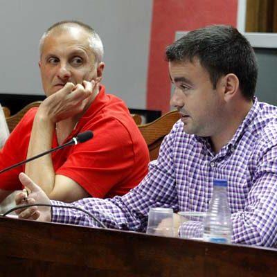 El PSOE de Cuéllar propone invertir el superávit en las pistas deportivas, la piscina o un plan de asfaltado