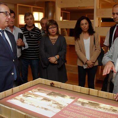 La sala Cronista Herrera acoge una exposición sobre los caminos del puerto de la Fuenfría