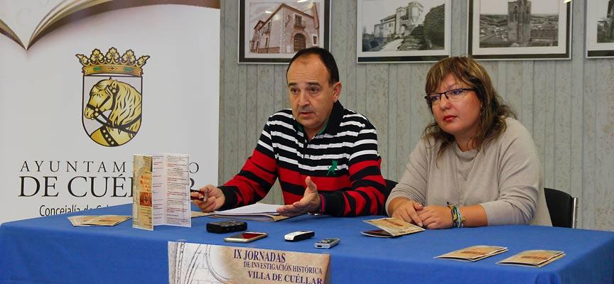 Javier Hernánz y Sonia Martín durante la presentación de las Jornadas.