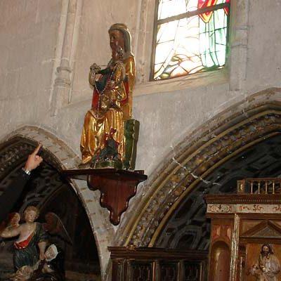 La parroquia restaurará las imágenes de la virgen del Rosario y San Miguel