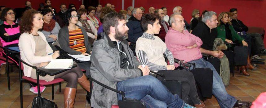 Turismo hace partícipes a las asociaciones de la villa del proyecto de Las Edades del Hombre