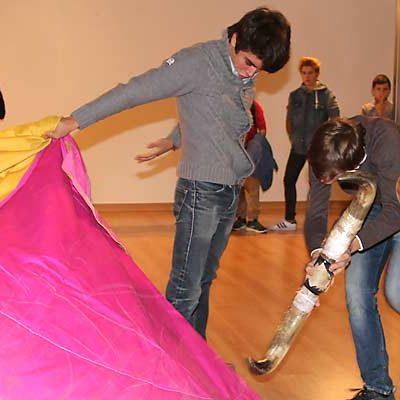 Jornada taurina con concurso infantil de cortes, coloquio y entrega de premios