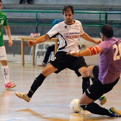 Racing Cuéllar venció al Medinense y recibirá al Segosala como líder